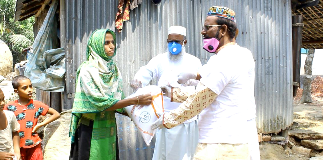 Jamiatul Modarechin is taking relief from the house of the unemployed